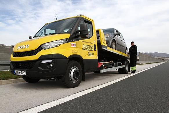 Pomoći/asistencija na cesti